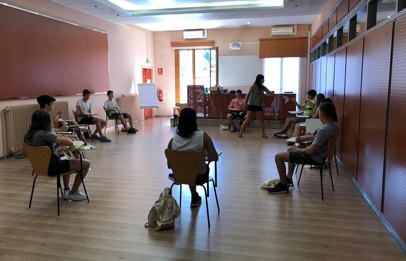 11 joves inicien el curs de premonitor d'educació en el lleure